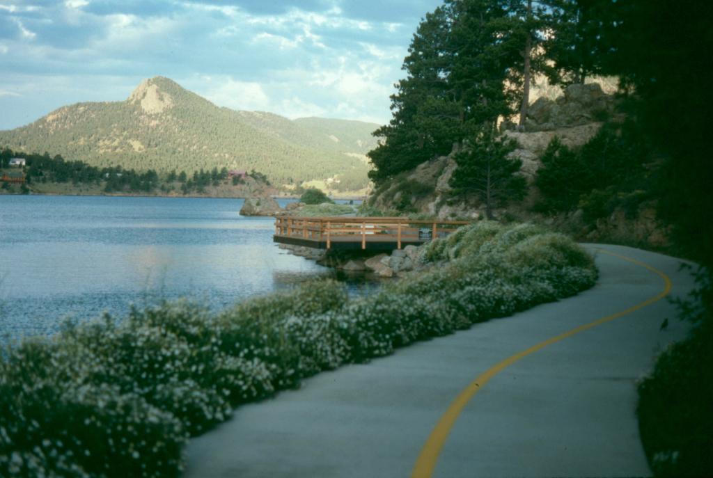Imagen 2: Lake Estes Trail