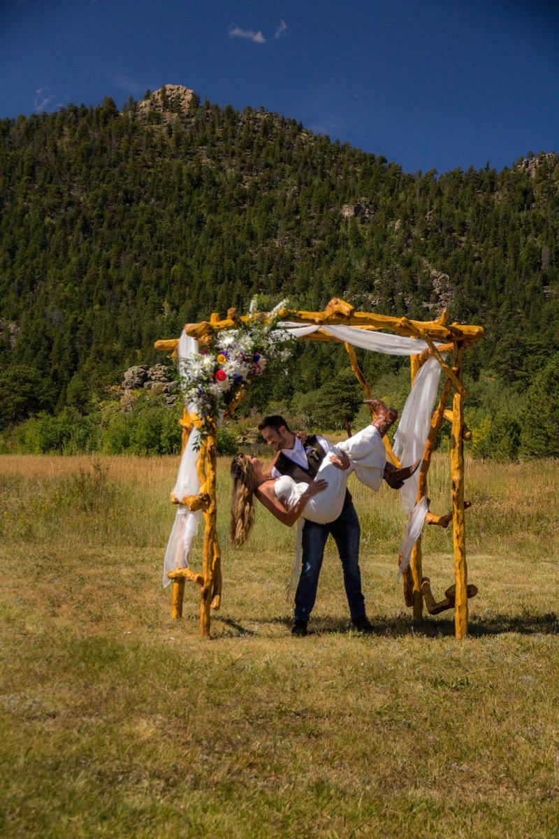Image 1: Weddings in Estes Park