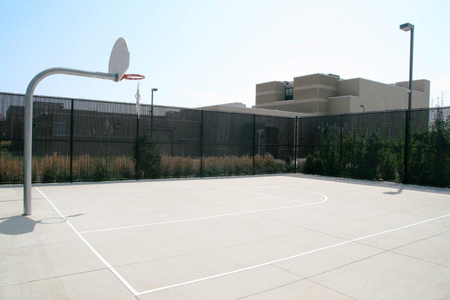 Image 14: Basketball Court