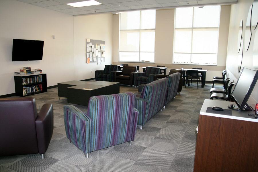 Image 6: Dayroom