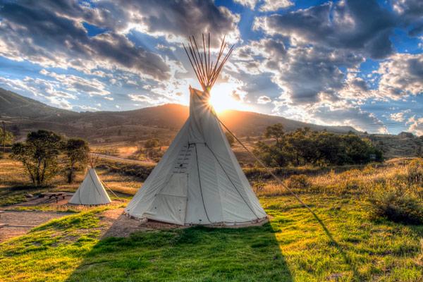 Image 9: Flatiron camping