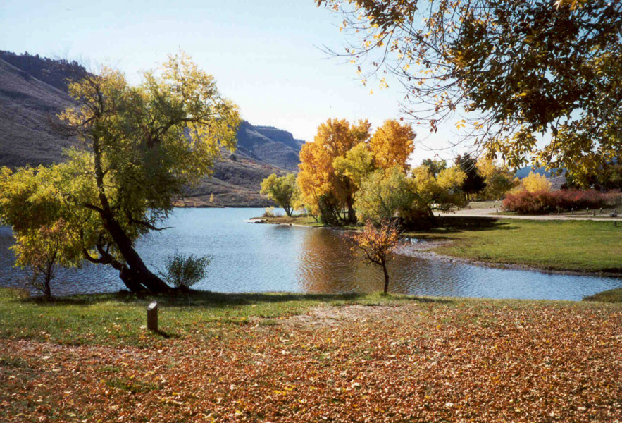 Image 2: Flatiron Reservoir