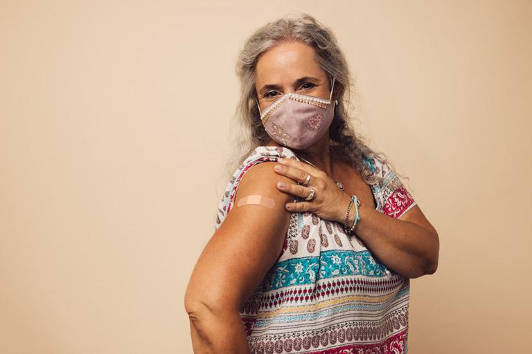 Vacunas información importante sobre COVID-19 en el enlace Condado de Larimer