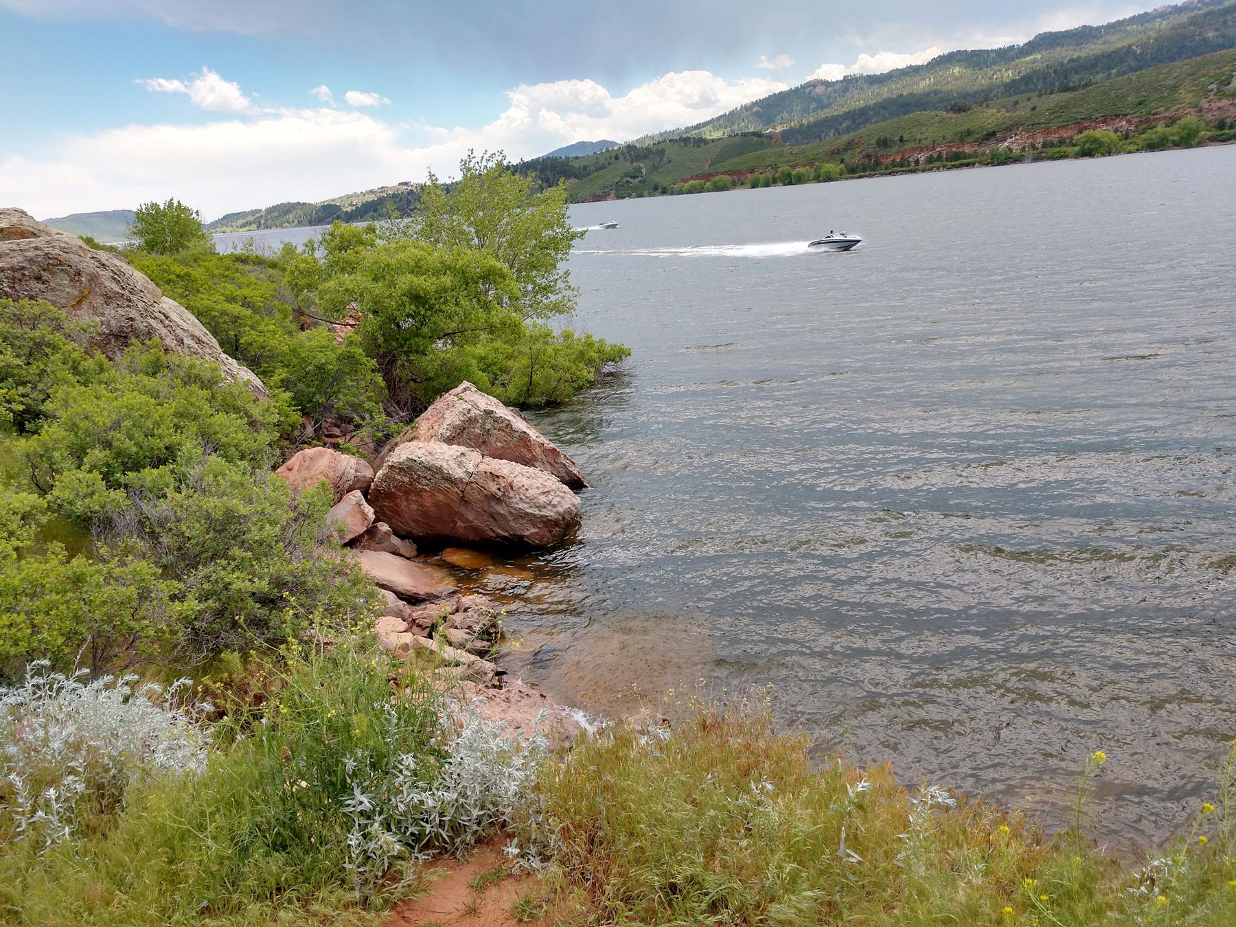 Image 31: horsetooth-shore