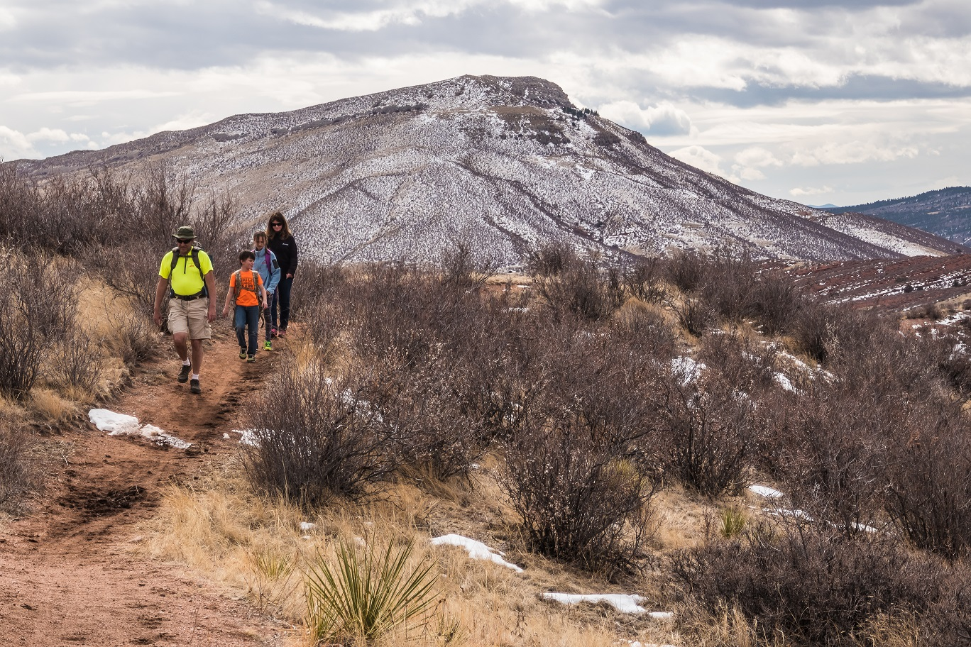 Image 11: red mountain open space, hiking family