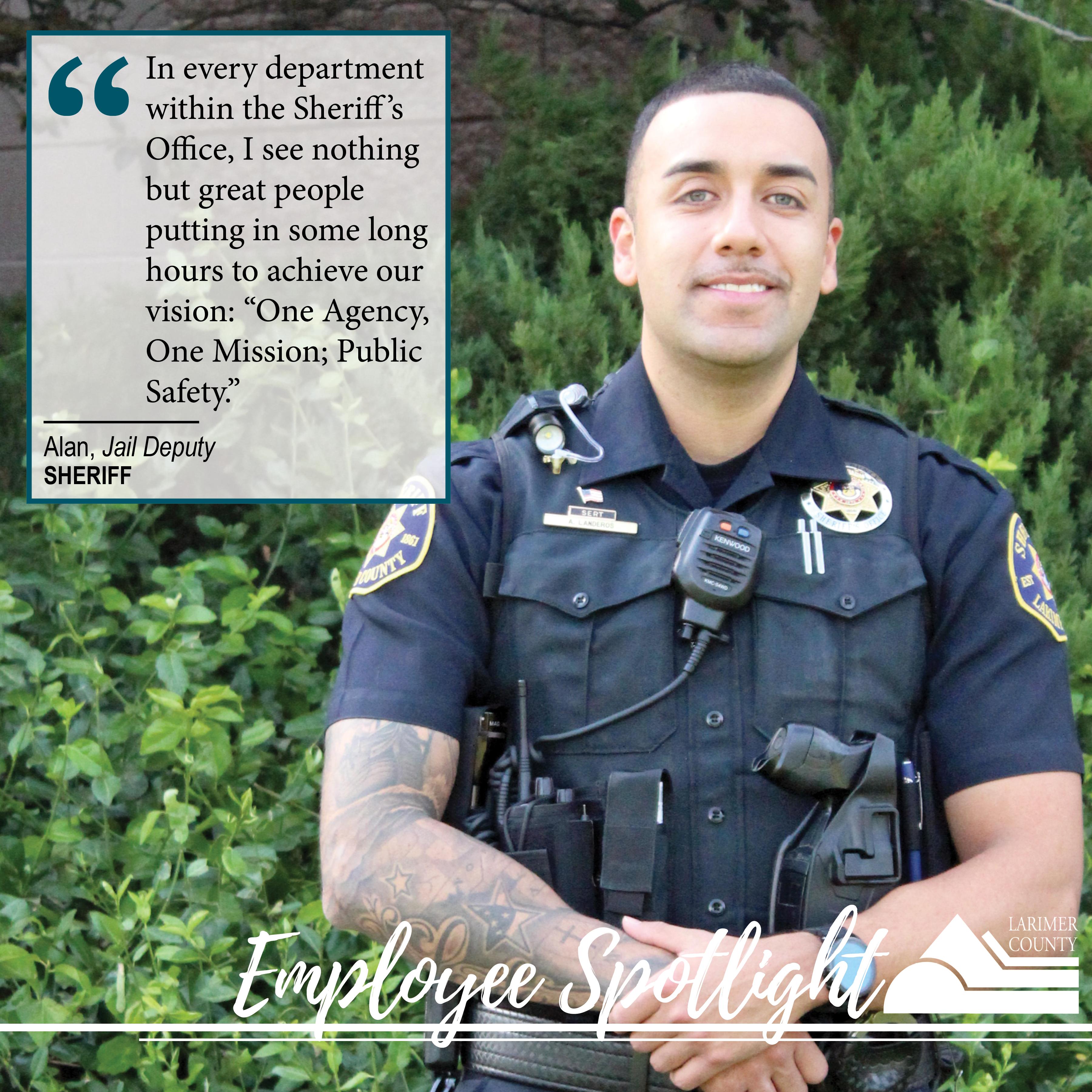"""Imagen 19: """"En todos los departamentos de la Oficina del Sheriff, no veo más que grandes personas que dedican largas horas a lograr nuestra visión:"""" Una agencia, una misión: seguridad pública """"."""