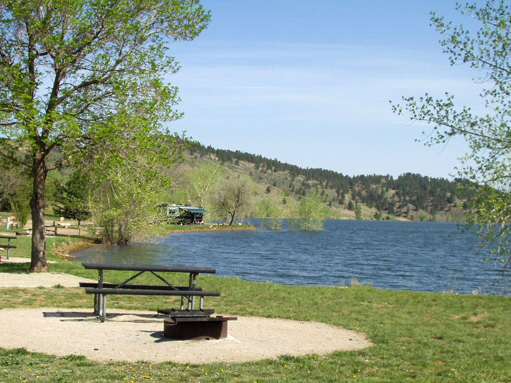 Image 17: Horsetooth camping