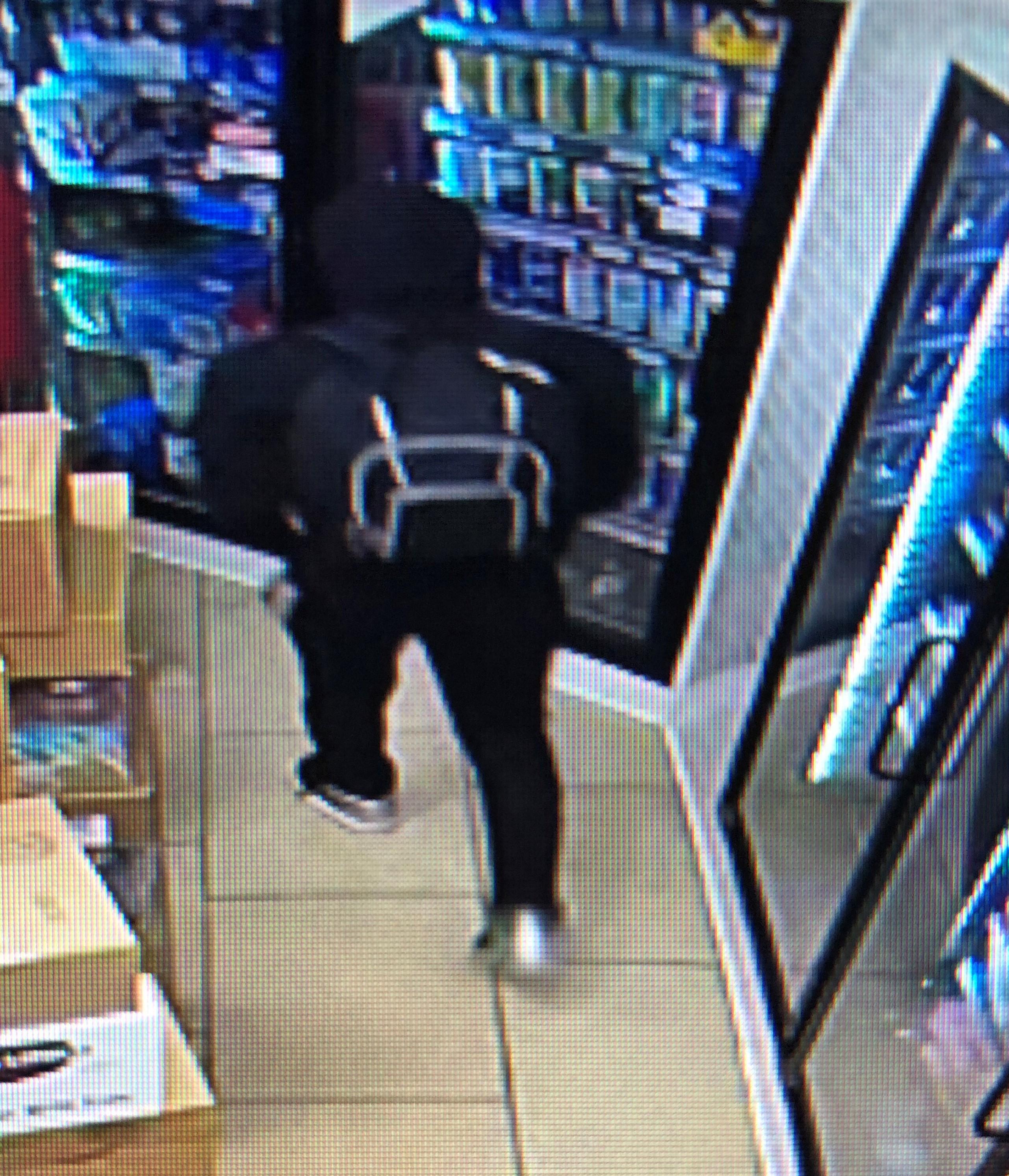 Image 3: Robbery Suspect