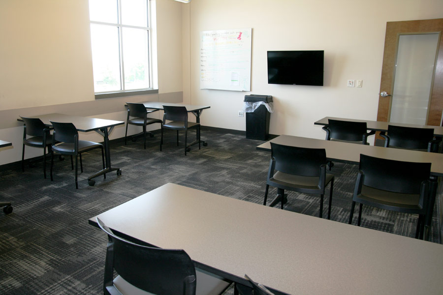 Image 11: Multipurpose Room for Visitation, Orientation and Cell Phone Room