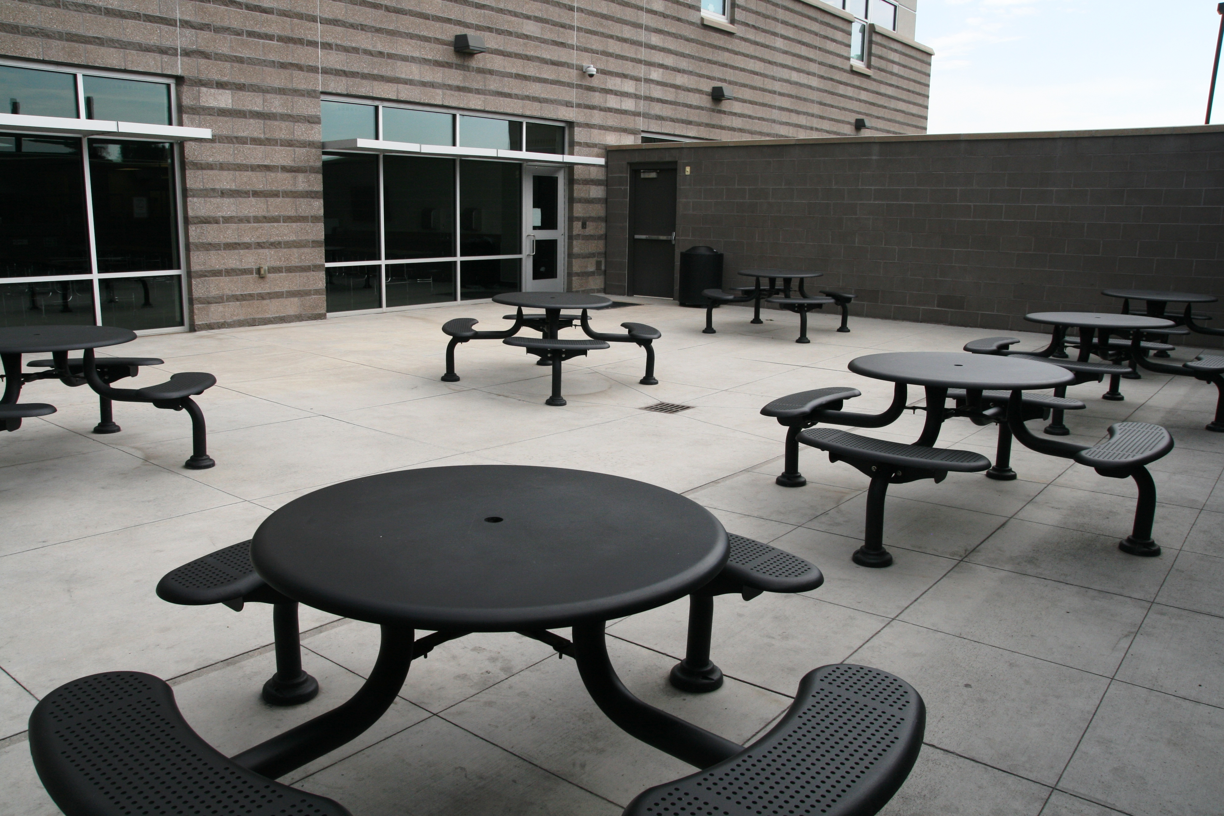 Dining Tables Image 5 Patio